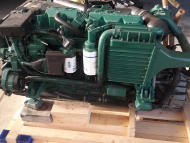 2 MOTORES VOLVO PENTA KAMD44P-C Motori