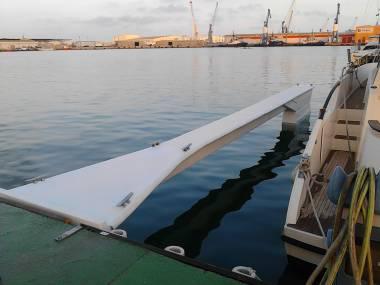 poliester ,reparacion y construccion Attrezzature del porto