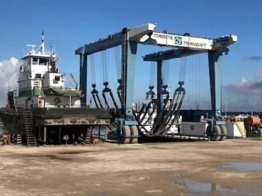 Marine Travelift 400C Attrezzature del porto
