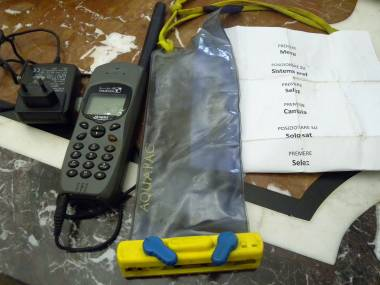Telefono satellitare portatile Thuraya Hughes Sicurezza