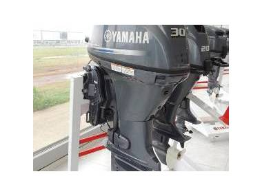 Motor fuera borda yamaha 30 hp Motori