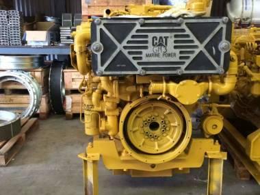 marine engine caterpillar 3412E of 780 h.p to 1800 r.p.m very good condiction  --------------------------------------------- En venta motor marino caterpillar 3412E de 780 h.p a 1800 r.p.m Motori