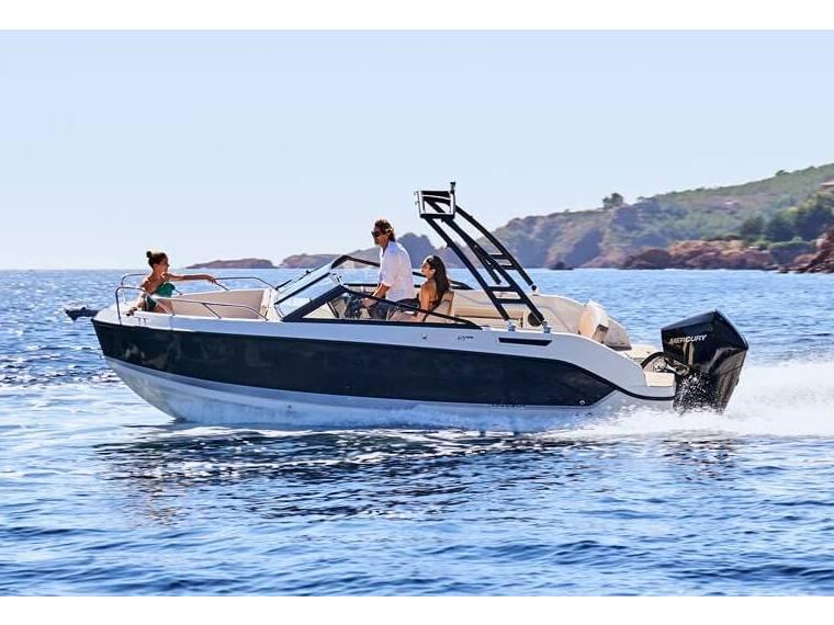 Quicksilver Activ 675 Bowrider Imbarcazione aperta