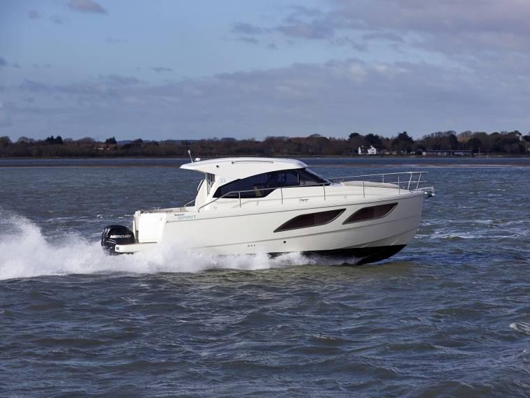 Rodman Spirit 31 Hardtop Outboard Version Imbarcazione cabinata