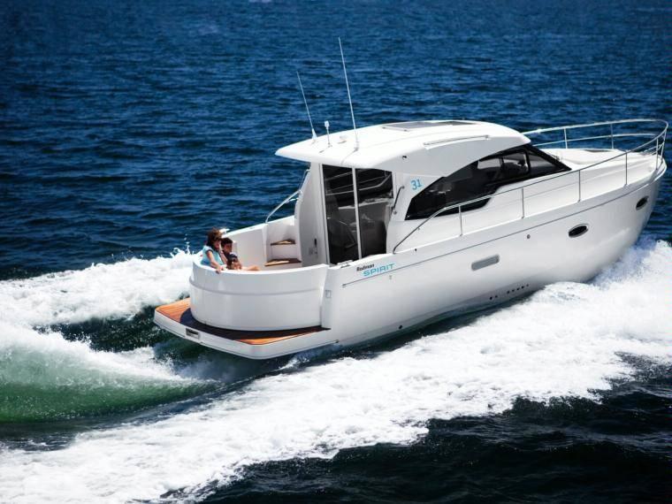 Rodman Spirit 31 Hardtop Inboard Version Imbarcazione cabinata