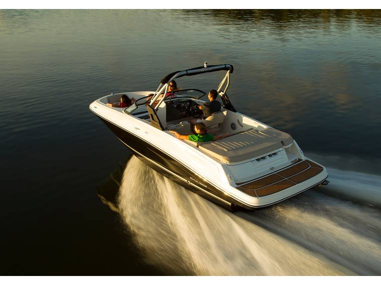 Bayliner VR5 Bowrider Imbarcazione aperta