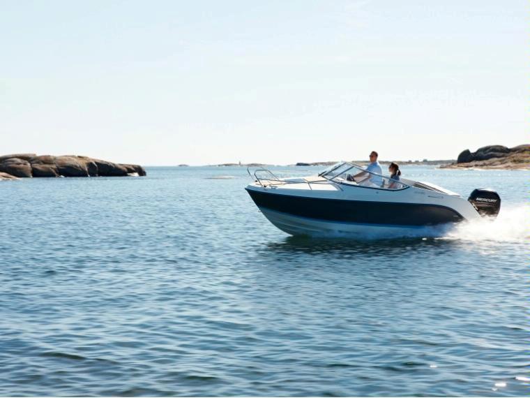 Quicksilver Activ 595 Cruiser Imbarcazione aperta