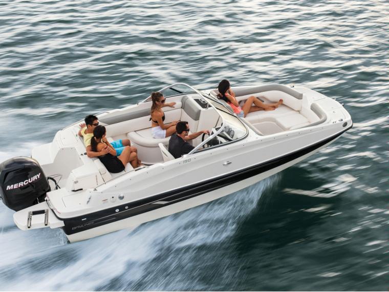 Bayliner 190 Deck Boat Imbarcazione aperta