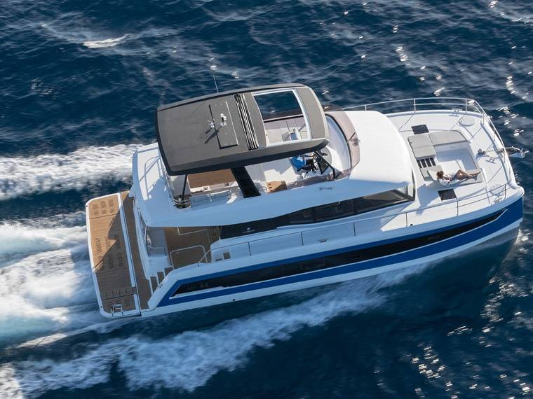 Fountaine Pajot MY 44 Catamarano a motore