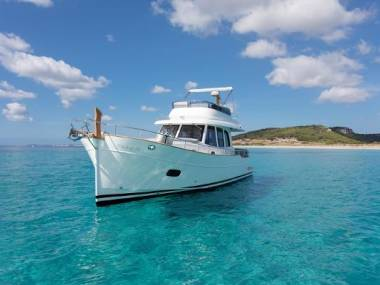 Sasga Yachts 42 Flybridge