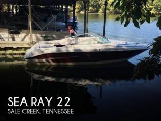 Sea Ray 220 Overnighter