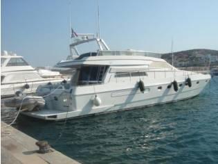 Ferretti Yachts 58S