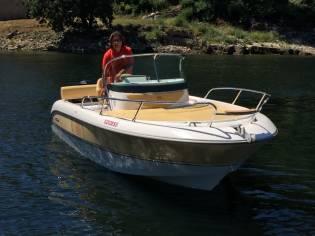 Sessa Marine Key Largo 20 Deck