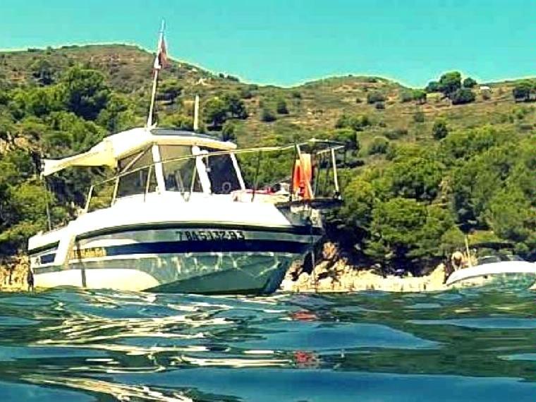 rio 630 cabin fish in marina d u00b4emp u00fariabrava