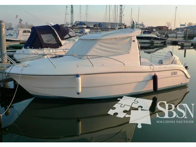 Sessa marine dorado 22 in veneto barche a motore usate for Johnson marine italia