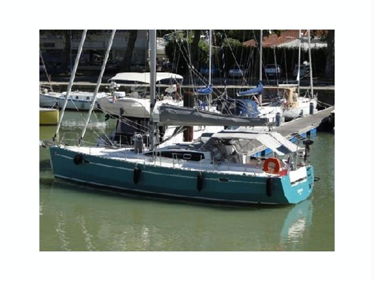 Fora marine rm 1200 in francia barche a vela da crociera for Cabine marine di grandi orsi