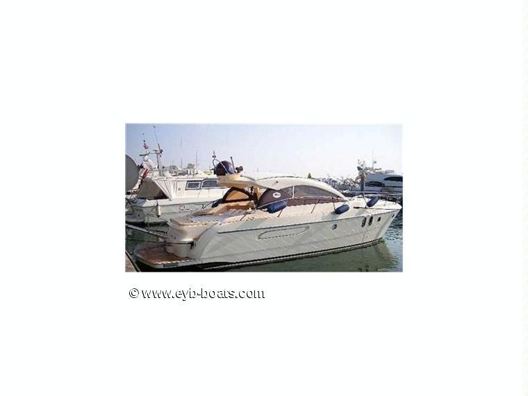Arredo mare 42 ht in veneto barche a motore usate 49899 for Arredo barche
