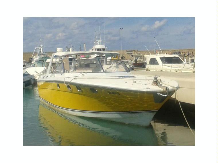 Magnum marine magnum 45 in italia barche a motore usate for Cabine marine di grandi orsi