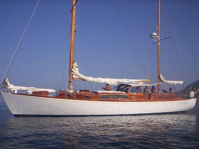 Sangermani in toscana barche a vela usate 49515 inautia for Accessori barca vela