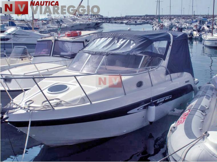 Mano marine cabin in lombardia barche a motore for Cabine marine di grandi orsi