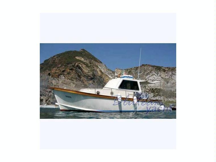 Sciallino 27 in liguria barche a motore usate 52995 for Barche al largo con cabine