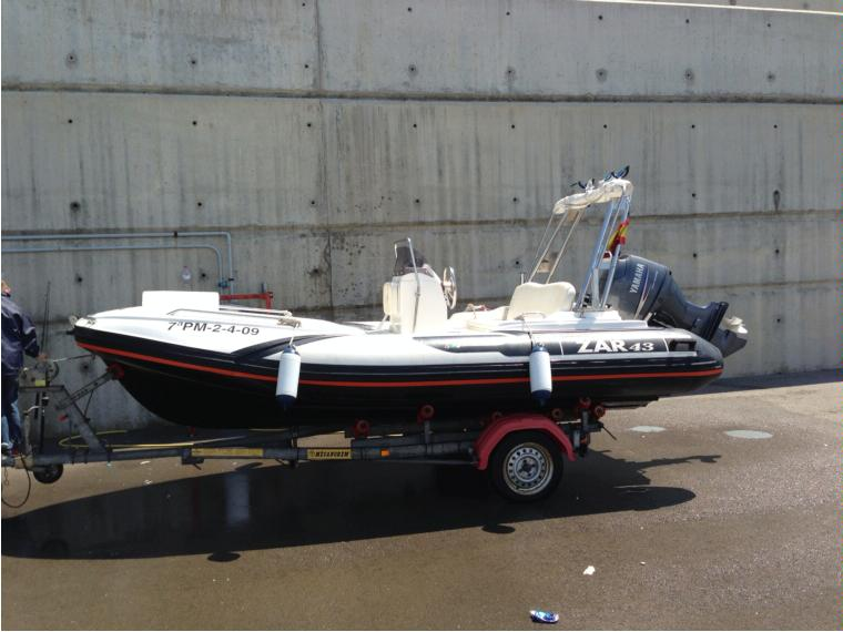 Zar 43 in marina badalona gommoni usate 48705 inautia for Seconda mano mobili usati milano