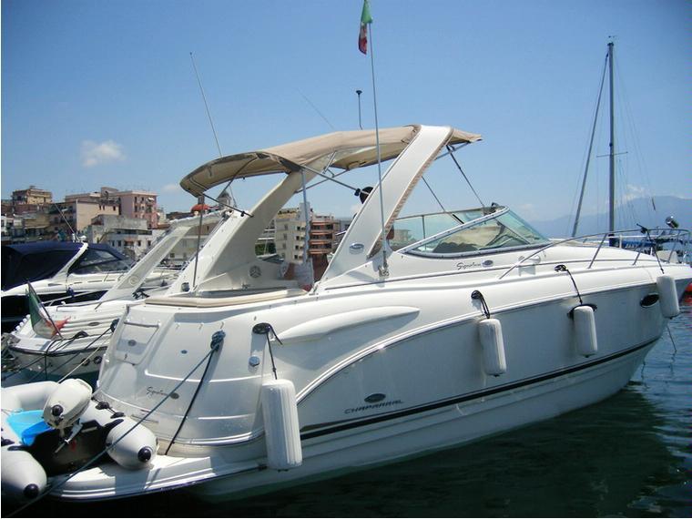 Chaparral 310 in campania barche a motore usate 81025 for Barche al largo con cabine