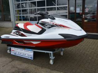 Yamaha fzr 1800 turbo in overijssel moto d 39 acqua usate for Yamaha waverunner dealers near me