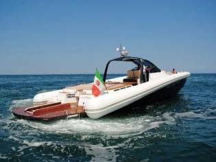 Magazzu Gommone MX-18 COUPE'