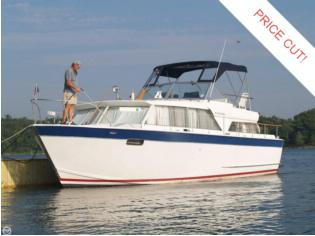 Chris-Craft 36 Cavalier Motor Yacht