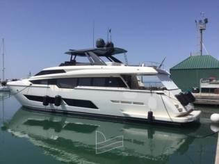 Ferretti Yachts 850 HT