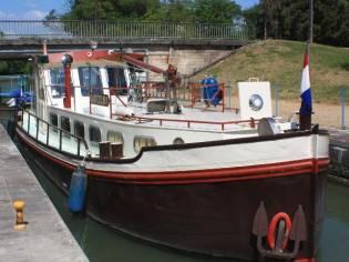 Custom Motorship
