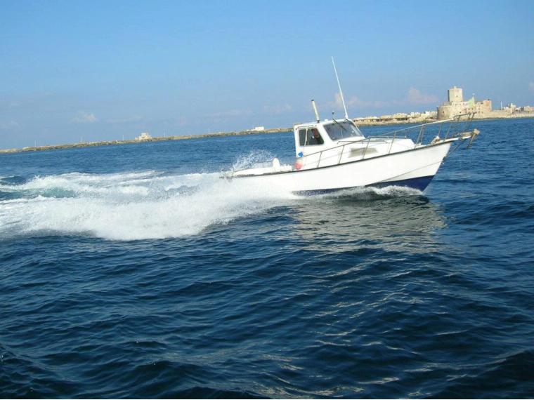 Ligny delfino 20 in sicilia barche a motore usate 52505 for Barche al largo con cabine
