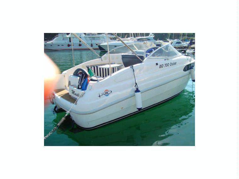 Rio 700 cruiser in campania barche a motore usate 56507 for Barche al largo con cabine