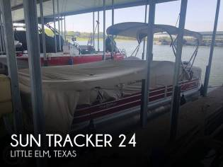 Sun Tracker Party Barge 24 DXL