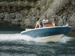 Cantieri Aschenez Invictus FX200