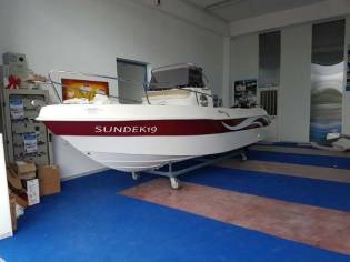 Custom 19 Open Sundek