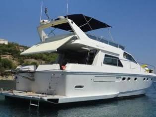 Ferretti Yachts 52 fly