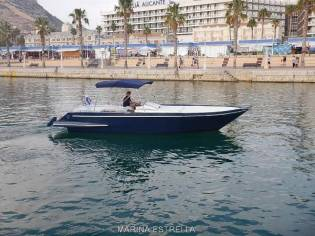 Motor Yacht Escalica Spider 27