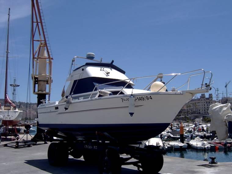 Rodman 750 con fly in m h rcules barche da pesca day for Barche al largo con cabine