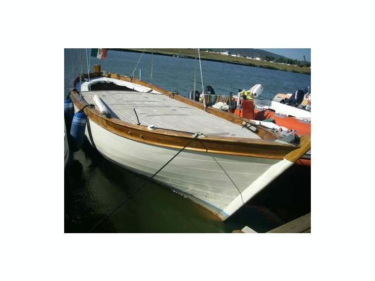 GOZZO LEGNO in Toscana  Barche a motore usate 65525 - iNautia