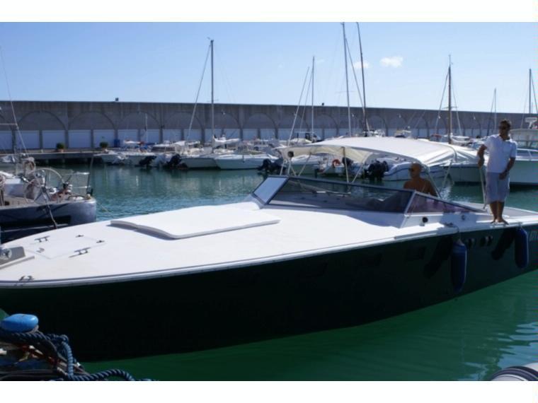Magnum 38 in toscana barche a motore usate 48696 inautia for Barche al largo con cabine