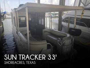 Sun Tracker Regency Party Cruiser 32