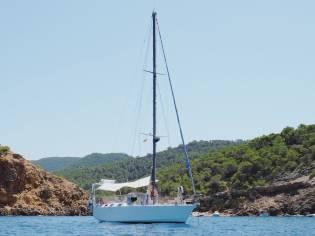 Velero de Acero/ Steel Sailboat