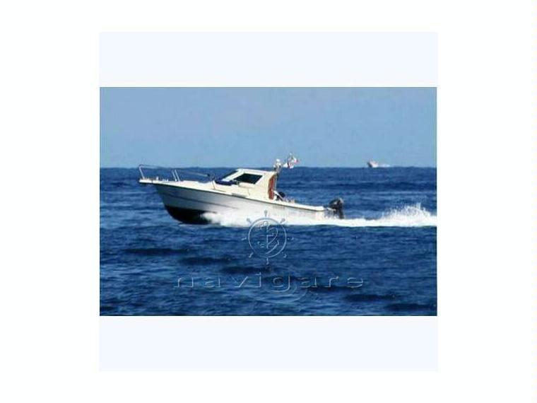 Spinella giglio 19 in toscana barche a motore usate for Cabine di giglio selvatico