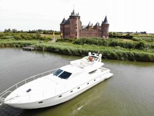 Ferretti Yachts 175