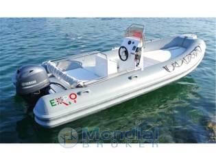 Lady sailing expo 580