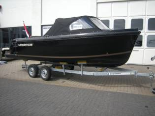 Topcraft 605 Tender