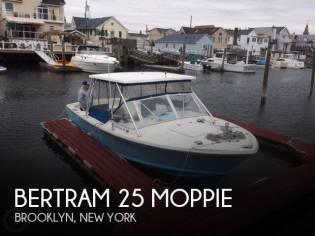 Bertram 25 Moppie