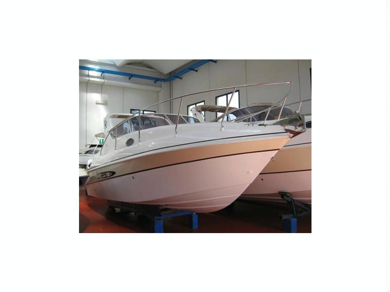Mano marine cabin in veneto barche a vela usate for Cabine marine di grandi orsi